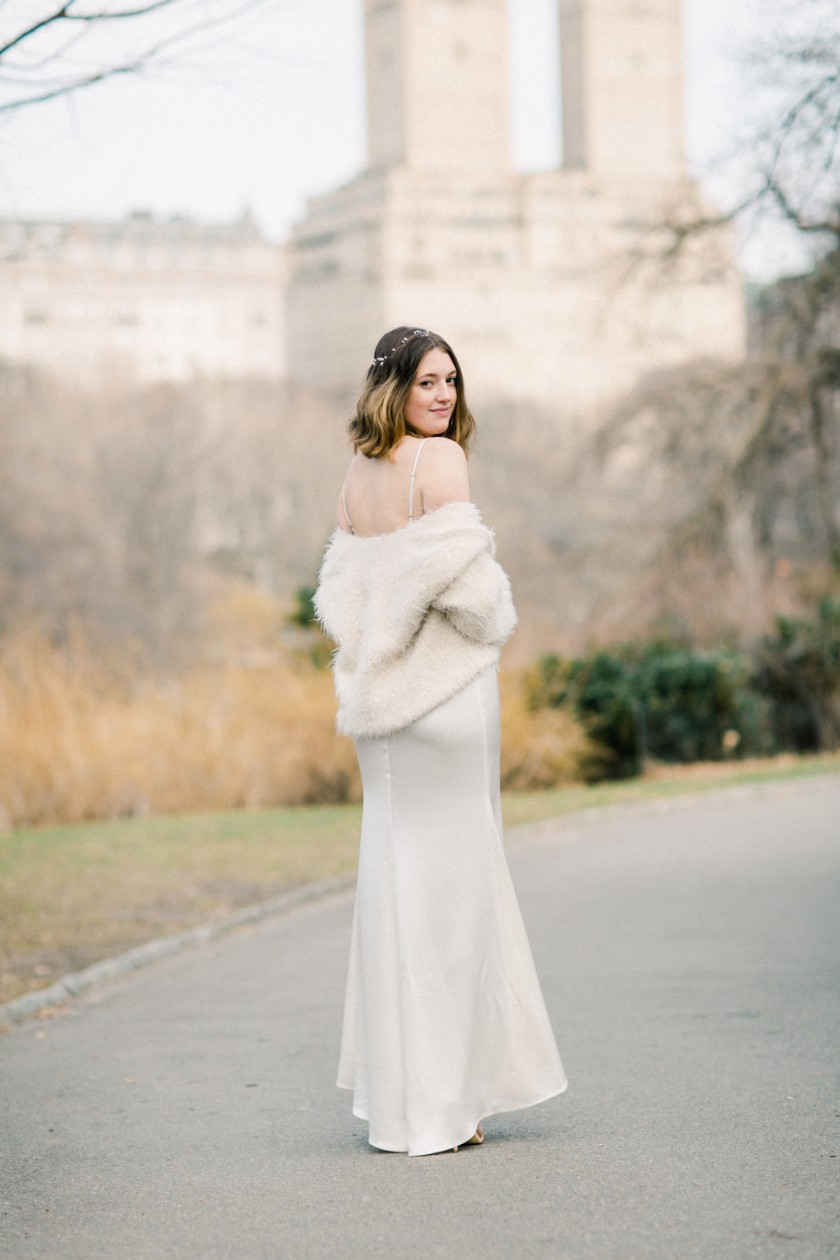 Winter bridal portrait in Central Park, NYC